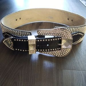 Nocona brown and silver studded rhinestone belt